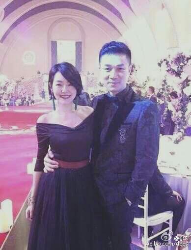 @小S: 感謝CH WEDDING 幫我做了一件這麼美的禮服,讓我榮登婚禮當晚第二美女明星!第一美當然是新娘~名次是由知名人士徐熙娣小姐決定~